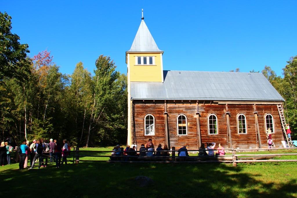 Naissaare Maarja kirik